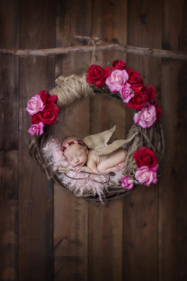 Valentine Cupid Hangingweb